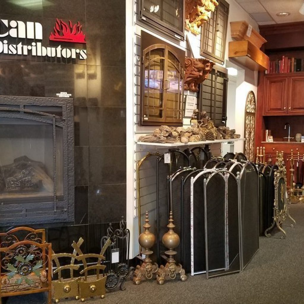 Curtain screens in all shapes and sizes. American Fireplace doors for every fireplace.